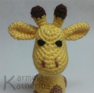 How to knit a little amigurumi giraffe Lucky