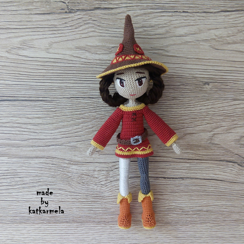 Knitting clothes for doll Megumin
