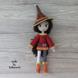 Knitting clothes for doll Megumin: free pattern