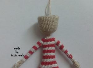 как связать каркасную куклу крючком
