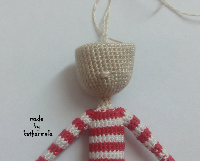 вышивка глаз вязаной кукле и крепление волос эльф эллиот