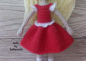 платья для куклы крючком