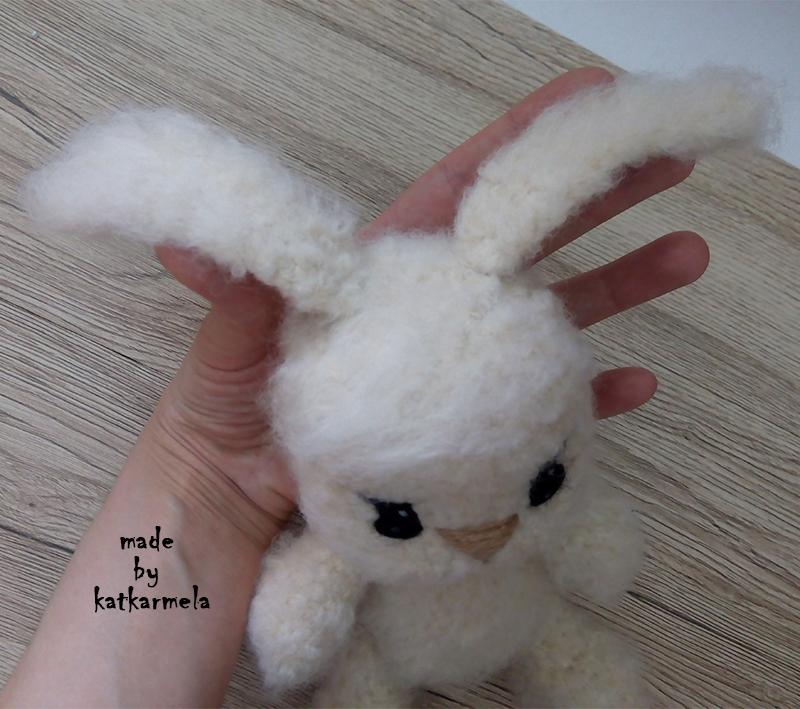 ушки вязаного зайца