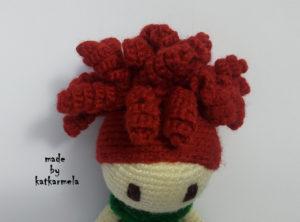 прическа вязаной куклы