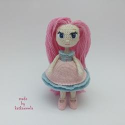 Куклы крючком с описанием и схемами: куколичка Румия