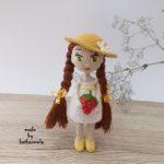 Вязаная крючком кукла амигуруми: куколичка Лили