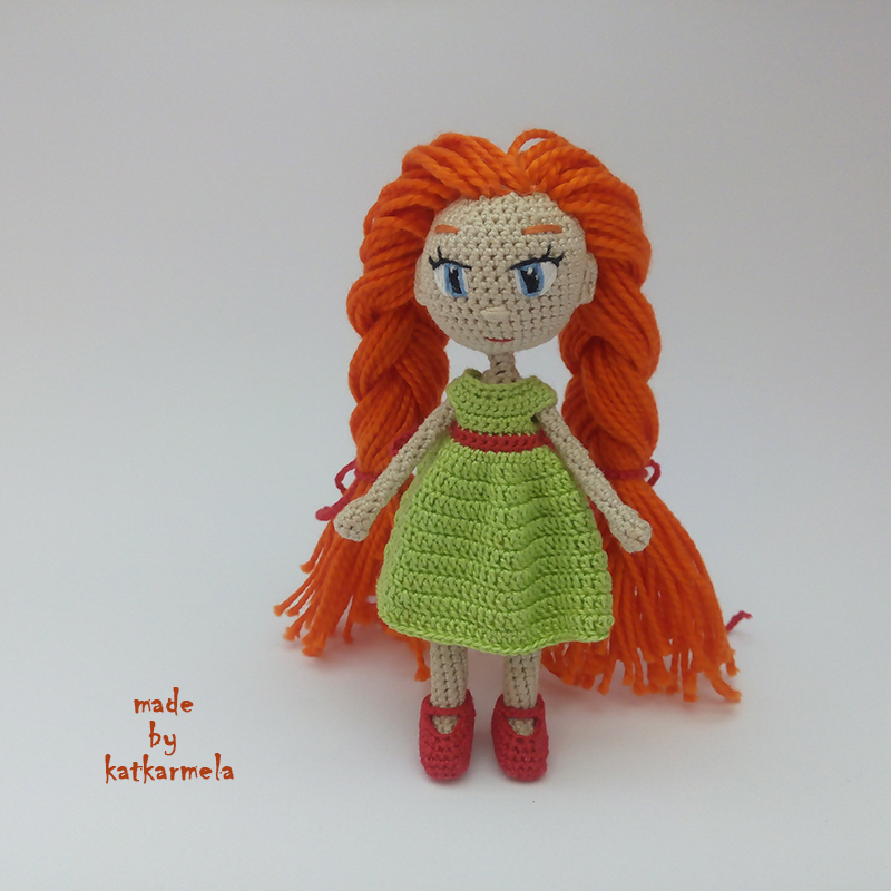 маленькая кукла крючком