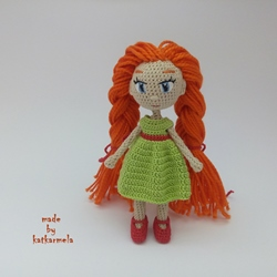 Little amigurumi doll crochet Naya: free pattern