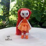 Вязаная одежда для кукол крючком со схемами: принцесса Осень