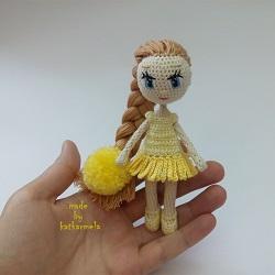 Схемы вязаных платьев для кукол: куколичка Ромашка