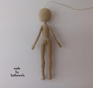 Схема с описанием вязания каркасной куклы крючком