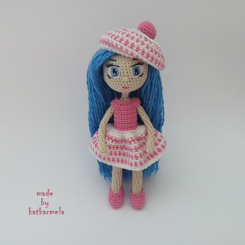 Knitting for amigurumi doll