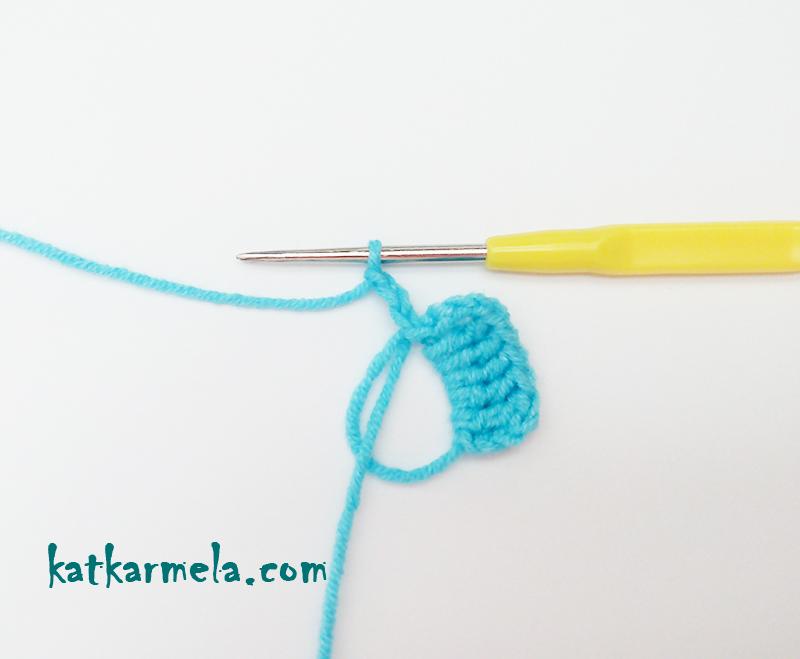 Как связать маленький бантик крючком