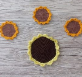 Knitted Sunflower – cup holder crochet