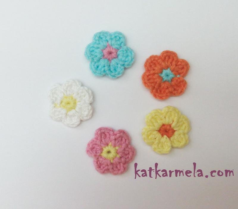Как связать самый простой маленький цветок крючком