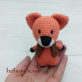 Crochet fox amigurumi: Free Pattern by Katkarmela