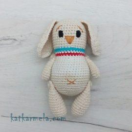 Схема вязания зайца амигуруми в свитере