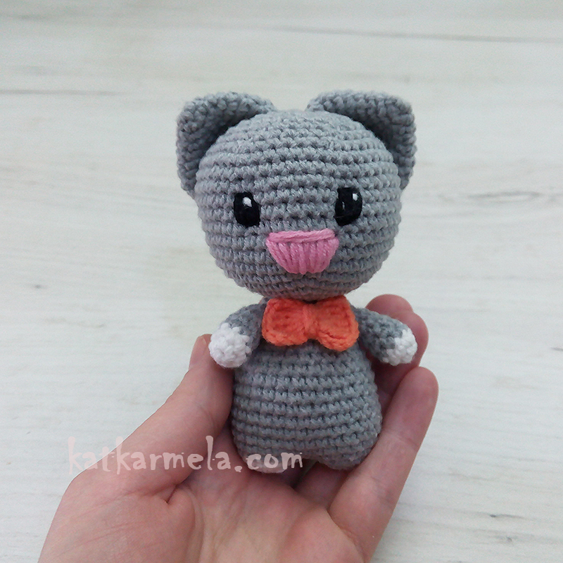How to Crochet a Cat Amigurumi: free pattern with a description