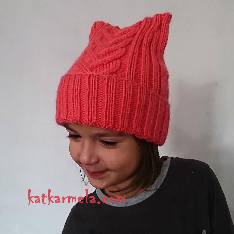 вязаная шапка для девочки спицами